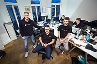 18 JAN 2018, BERLIN/GERMANY:<br /> Till Wendler (L), CEO Axiomity AG, COO nakamo.to<br /> Axiomity AG, CEO blash-trading.com GmbH, Robert A. Kuefner (M), CVO Advanced Blockchain AG und CEO nakamo.to, Florian Reike (R), Research Analyst Advanced Blockchain AG, CVO nakamo.to, in ihrem Buero Advanced Blockchain AG<br /> IMAGE: 20180118-02-003<br /> KEYWORDS: Robert A. Küfner, Start-up, Bitcoin