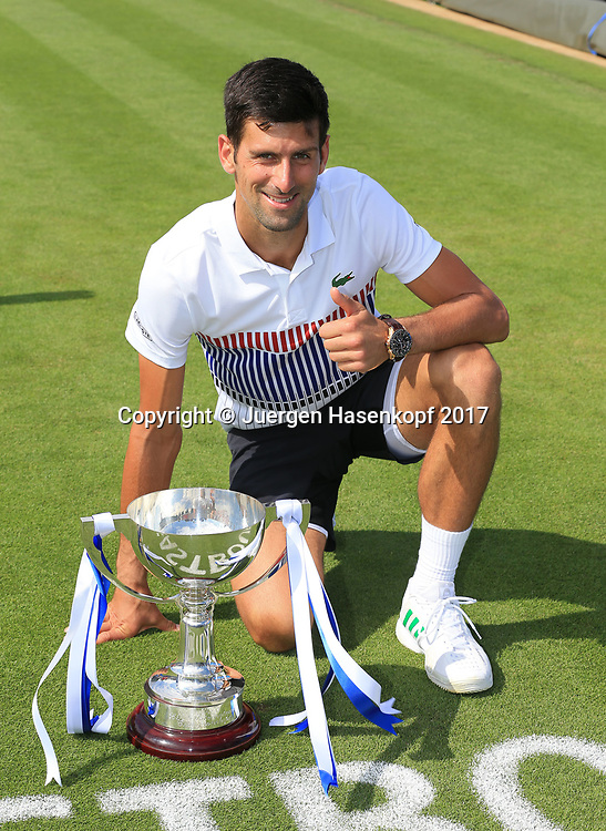 NOVAK DJOKOVIC (SRB) mit Pokal, Finale, Endspiel<br /> <br /> Tennis - Aegon International Eastbourne - ATP -  Devonshire Park Lawn Tennis Club - Eastbourne -  - Great Britain  - 1 July 2017. <br /> &copy; Juergen Hasenkopf