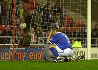 Photo. Glyn Thomas.<br /> Sunderland v Birmingham. FA Cup fifth round.<br /> Stadium of Light, Sunderland. 14/02/2004.<br /> Birmingham's Darren Purse cannot believe Sunderland have equalised.