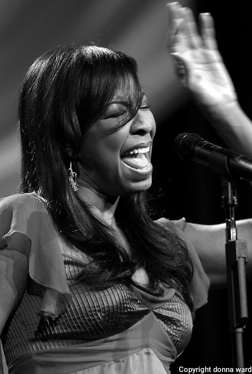 """Natalie Cole performs at the 106.7 Lite FM """"One Night With Lite"""" concert at the Theater at Madison Square Garden on Tuesday, September 26, 2006 in New York."""