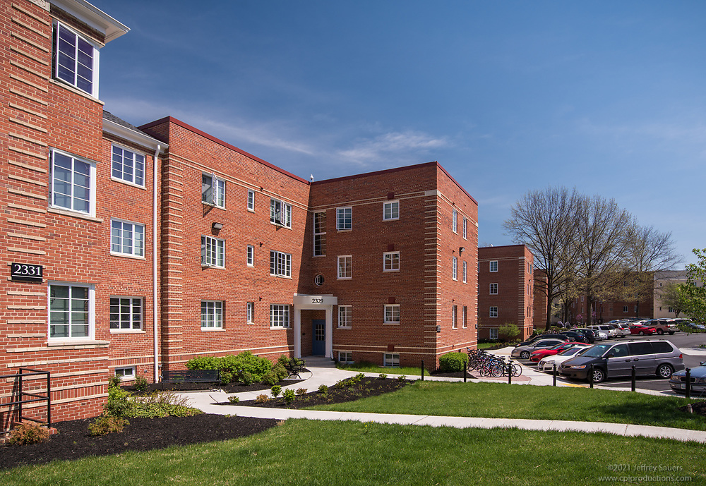 Exterior photo of Woodbury Park Apartments in Washington DC by Jeffrey Sauers of Commercial Photographics, Architectural Photo Artistry in Washington DC, Virginia to Florida and PA to New England