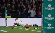 Twickenham, United Kingdom. Jonathan JOSEPH, going over for a secound half try, during the Old Mutual Wealth Series Rest Match: England vs Australia, at the RFU Stadium, Twickenham, England, <br /> <br /> Saturday  03/12/2016<br /> <br /> [Mandatory Credit; Peter Spurrier/Intersport-images]