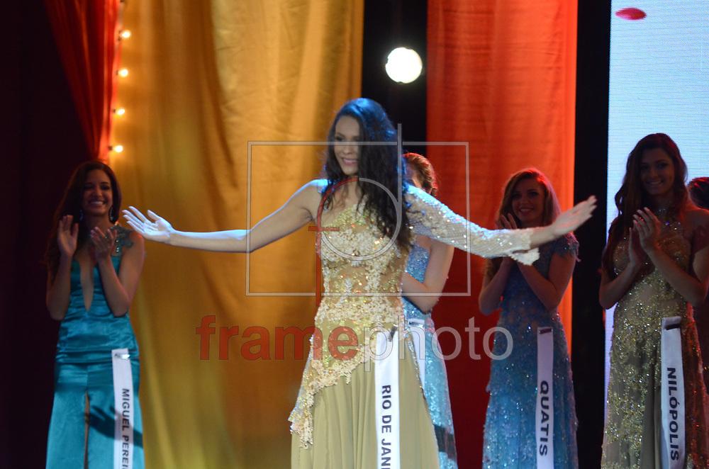 Rio de Janeiro (RJ), 30/08/2014 - Aconteceu na noite deste sábado (30) na cidade do samba o concurso Miss Universo Rio de Janeiro 2014, entre 18 candidatas que foram selecionadas para a grande final que elege a mulher mais bonita da cidade maravilhosa, desfilando em traje de gala e de banho. A Miss Hosana Elioti, foi eleita a Miss Rio de Janeiro 2014. Foto: ADRIANO ISHIBASHI/FRAME