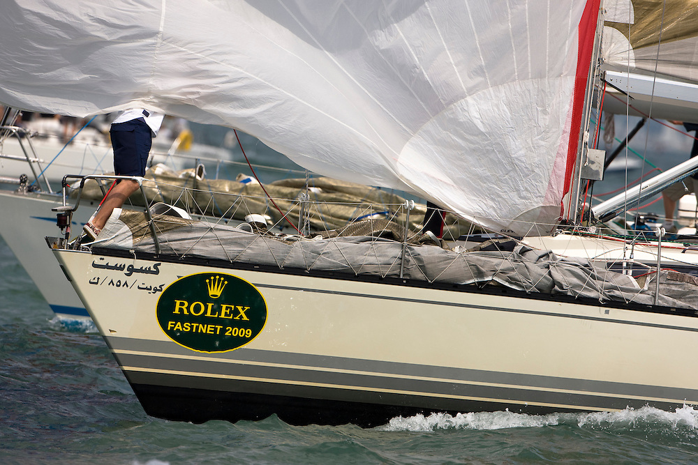 09AUG09 The Rolex Fastnet Race 2009 start, Cowes, Isle of Wight, UK