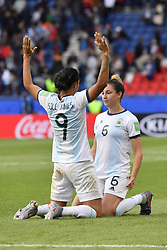 June 10, 2019 - Paris, ile de france, France - Sole JAIMES (ARG) and Aldana COMETTI (ARG) celebrate the draw against the Women's Football team (Nadeshiko Japan) after  the match between Argentina and Japan at the 2019 World cup  on June 10, 2019, at the Parc des Princes stadium in Paris, France. (Credit Image: © Julien Mattia/NurPhoto via ZUMA Press)