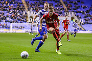 Fulham midfielder Tom Cairney (10) charges for the ball during the EFL Sky Bet Championship match between Reading and Fulham at the Madejski Stadium, Reading, England on 1 October 2019.