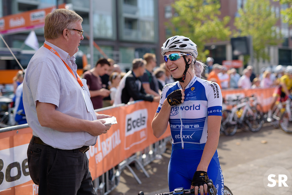 Nina Kessler (Lensworld Zannata) chats ahead of the 111 km Stage 4 of the Boels Ladies Tour 2016 on 2nd September 2016 in 's-Hertogenbosch, Netherlands. (Photo by Sean Robinson/Velofocus).