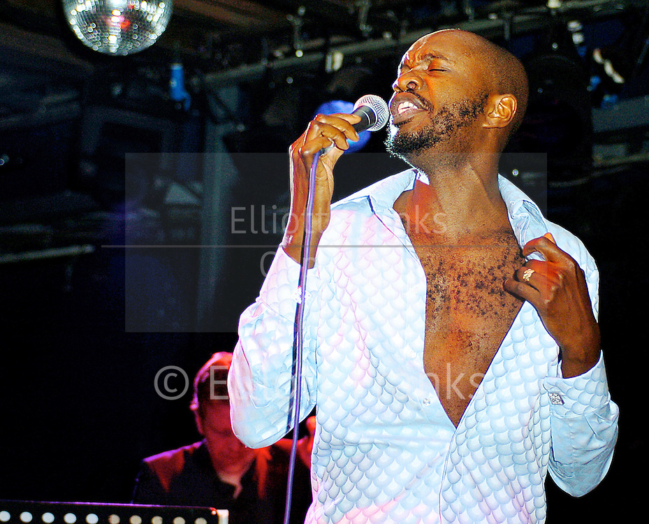 David McAlmont <br /> performs live at the Marquee, London, Great Britain <br /> 14th July 2005.<br /> <br /> Photograph by Elliott Franks