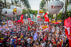 November 12, 2016 - Sao Paulo, Brazil - Protesters carried out an act against measures of the federal government of Michel Temer on 12 November 2016 in Sao Paulo, Brazil. The national protest is organized by the Popular and Central Brazil Front, and counts with the support of all the social movements, students and union centrals. The main agenda is PEC 55, which limits public spending for the next 20 years. (Credit Image: © Cris Faga/NurPhoto via ZUMA Press)