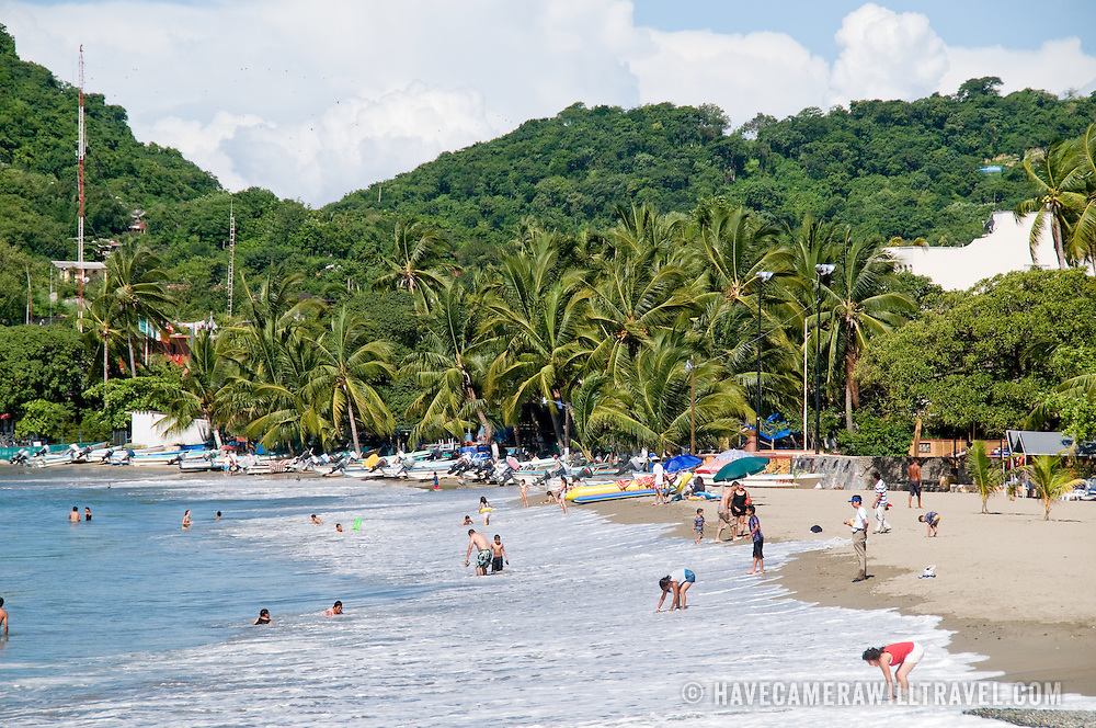 Beach at Playa Principal, Zihuatanejo, Mexico