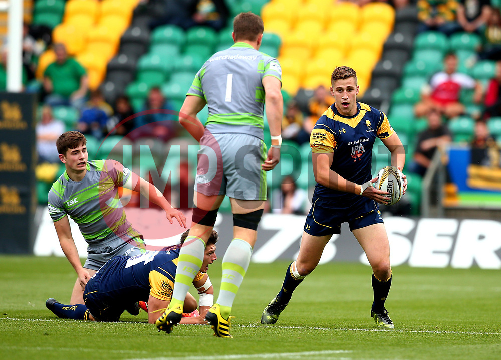 Huw Taylor of Worcester Warriors runs with the ball - Mandatory by-line: Robbie Stephenson/JMP - 29/07/2017 - RUGBY - Franklin's Gardens - Northampton, England - Worcester Warriors v Newcastle Falcons - Singha Premiership Rugby 7s