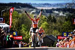 April 18, 2018 - Huy, BELGIUM - Dutch Anna van der Breggen celebrates as she crosses the finish line to win the 21st edition of the women's race of 'La Fleche Wallonne', a one day cycling race (Waalse Pijl - Walloon Arrow), 118,5km in Huy, Wednesday 18 April 2018. BELGA PHOTO YORICK JANSENS (Credit Image: © Yorick Jansens/Belga via ZUMA Press)