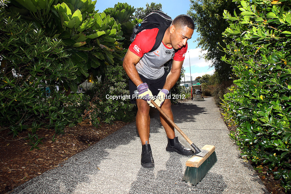 Suaia Matagi, The beginning of the Vodafone Warriors Work Week, Warriors NRL league players help out out in the community with manual labour. East Tamaki Primary School, Auckland. 10 December 2012. Photo: William Booth/photosport.co.nz