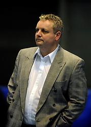 29-01-2011 VOLLEYBAL: TVC AMSTELVEEN - PEELPUSH: AMSTELVEEN<br /> Gelegenheidsteam TVC wint met 3-0 van Peelpush / Ad Interim coach Derk de Saegher<br /> &copy;2011-WWW.FOTOHOOGENDOORN.NL
