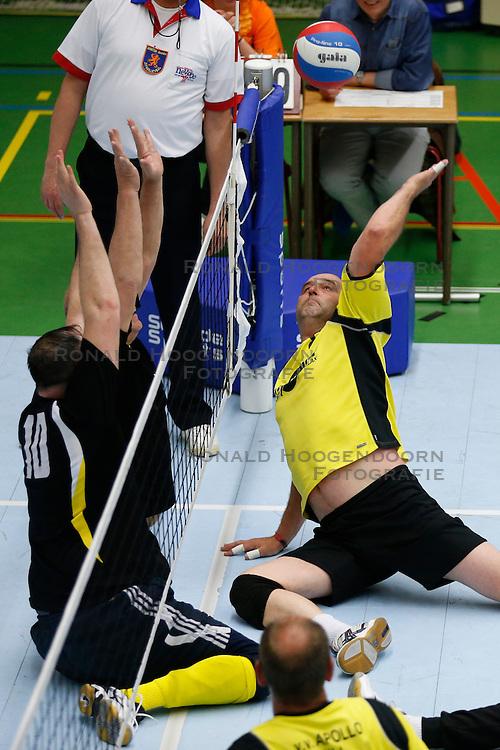 11-05-2013 VOLLEYBAL: NK ZITVOLLEYBAL : BELFELD<br /> Volleer wint de halve finale met 3-0 van VV Apollo, Boudewijn Kremers van VV Apollo<br /> &copy;2013-FotoHoogendoorn.nl / Pim Waslander