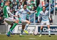 FODBOLD: Matheus Leiria (FC Helsingør) stoppes af Mark Kongstedt (Næstved)  under kampen i NordicBet Ligaen mellem FC Helsingør og Næstved Boldklub den 12. maj 2019 på Helsingør Stadion. Foto: Claus Birch