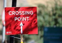 Crossing point<br /> The Virgin Money London Marathon 2014<br /> 13 April 2014<br /> Photo: Javier Garcia/Virgin Money London Marathon<br /> media@london-marathon.co.uk