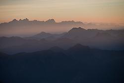 THEMENBILD - Frühnebelschichten über den Gasteinertal und Salzburger Bergen, aufgenommen am 7. Oktober 2014 // Early morning fog layers above the Gastein Valley and Salzburger mountains, Pictures on October 7, 2014. EXPA Pictures © 2014, PhotoCredit: EXPA/ Johann Groder