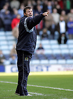 Photo: Paul Thomas. Digitalsport<br /> Coventry City v Burnley, Highfield Road, Coventry. Coca Cola Championship. 12/02/2005. Burnley Manager Steve Cotterill orders his players around.