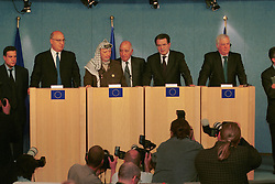 BRUSSELS, BELGIUM - MAY 31, 2001 - FROM LEFT TO RIGHT - Nabeel Shaath, Minister of Planning and International Cooperation for the Palestian National Authority, Yasser Arafat, leader of the PLO (with his translator), Romano Prodi, President of the European Commission and Chris Patten, External Relations Commission for the European Union,  hold a news conference at the European Commission, in Brussels, Thursday. (PHOTO © JOCK FISTICK)