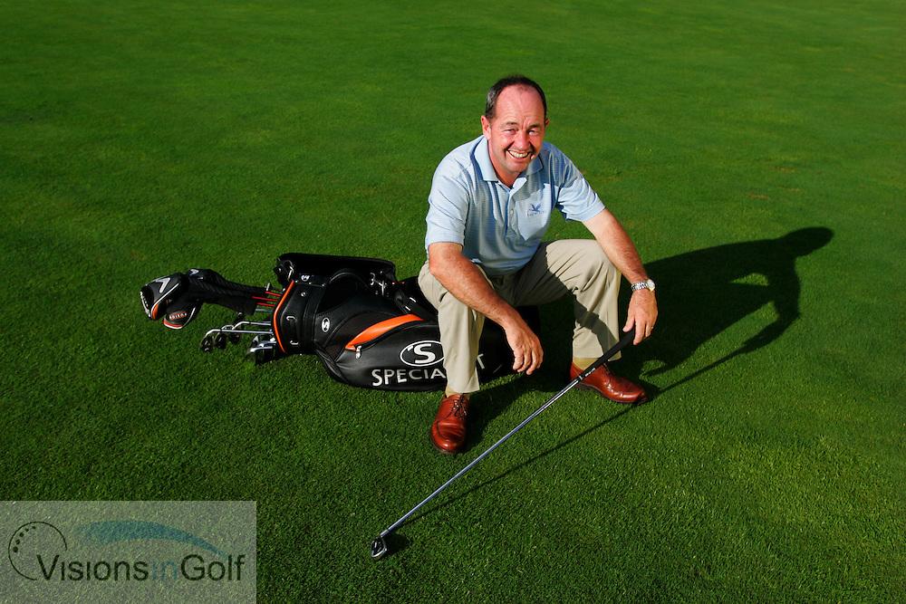 Golf Coach Dennis Pugh 2005<br /> Mandatory Photo Credit: Mark Newcombe / visionsingolf.com