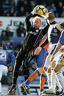 Peter Enckelman, Cardiff City goalkeeper. FA Cup, 3rd round match, Cardiff City v Reading at Ninian Park, Cardiff on Sat 3rd Jan 2009. .pic by Andrew Orchard, Andrew Orchard sports photography