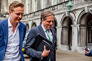DEN HAAG - Alexander Pechtold (D66) en Wouter Koolmees (D66) op het Binnenhof na afloop van de onderhandelingen voor de kabinetsformatie met VVD, CDA, D66 en ChristenUnie onder leiding van informateur Gerrit Zalm.  copyrught robin utrecht