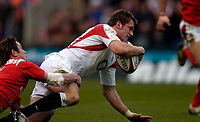 Photo: Richard Lane.<br />England v Wales. RBS Six Nations. 04/02/2006.<br />England's Mark Cueto scores a try.
