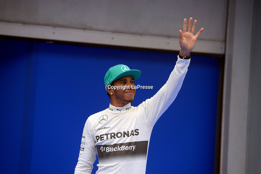 &copy; Photo4 / LaPresse<br /> 29/3/2014 Sepang, Malaysia<br /> Sport <br /> Grand Prix Formula One Malaysia 2014<br /> In the pic: pole position Lewis Hamilton (GBR) Mercedes AMG F1 W05
