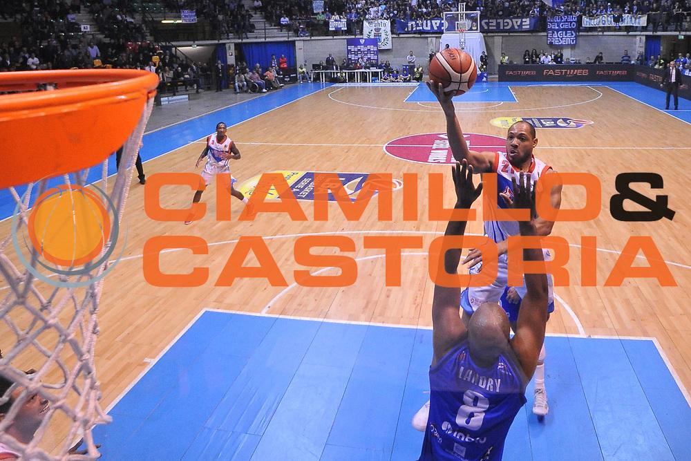 Jeremy Lamar Chappell<br /> Red October Cantu - Germani Leonessa Basket Brescia<br /> LegaBasket Serie A 2017/2018<br /> Desio, 04/12/2017<br /> Foto M.Ceretti / Ciamillo - Castoria