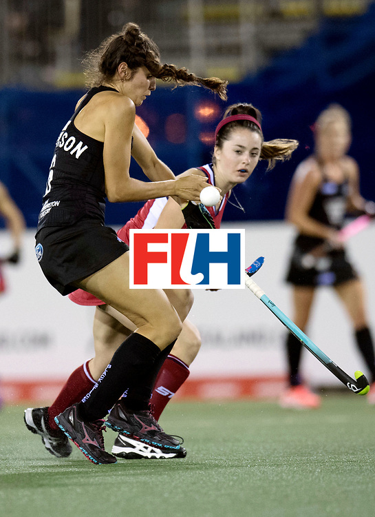 AUCKLAND - Sentinel Hockey World League final women<br /> Match id: 10300<br /> 10 New Zealand v USA<br /> Foto: Erin Matson (r) and Amy Robinson.<br /> WORLDSPORTPICS COPYRIGHT FRANK UIJLENBROEK