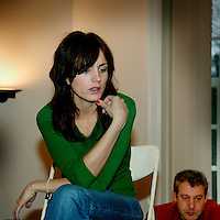 Nederland. Hilversum.11 februari 2004..Klapstoel.Actrice en televisiepresentatrice Daphne Bunskoek.