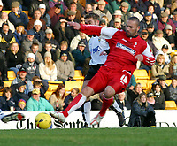 Photo: Dave Linney.<br />Port Vale v Swindon Town. Coca Cola League 1.<br />19/11/2005.Christin Roberts(Swindon) fires in a low shot for Swindon)