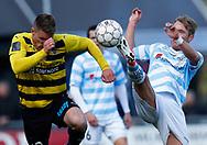 FODBOLD: Jonas Brix-Damborg (Hobro IK) og Pierre Larsen (FC Helsingør) under kampen i NordicBet Ligaen mellem FC Helsingør og Hobro IK den 23. april 2017 på Helsingør Stadion. Foto: Claus Birch