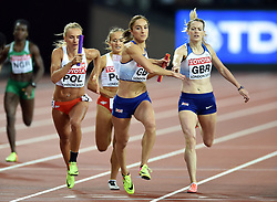 Eilidh Doyle of Great Britain hands the baton to team-mate Emily Diamond - Mandatory byline: Patrick Khachfe/JMP - 07966 386802 - 13/08/2017 - ATHLETICS - London Stadium - London, England - Women's 4x400m Metres Relay Final - IAAF World Championships