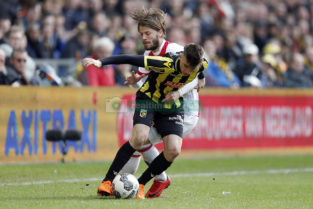 (L-R) Lasse Schone of Ajax, Mason Mount of Vitesse during the Dutch Eredivisie match between Vitesse Arnhem and Ajax Amsterdam at Gelredome on March 04, 2018 in Arnhem, The Netherlands