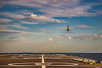 A bord du Dixmude.<br /> Appontage helicoptere.<br /> Le batiment de projection et de commandement Dixmude est arrive ce vendredi &agrave; Marseille pour une escale exceptionnelle de trois jours pour la signature de la charte de parrainage du BPC par la Ville de Marseille, auparavant marraine du transport de chalands de d&eacute;barquement Siroco, vendu fin 2015 au Br&eacute;sil. &nbsp;<br /> Plus grand batiment de guerre apres le porte-avions Charles de Gaulle, le Dixmude se distingue par sa polyvalence et sa capacite a se deployer loin et longtemps. <br /> Troisieme BPC fran&ccedil;ais du type Mistral, il a ete receptionne en 2012 par la Marine nationale. Long de 199 m&egrave;tres et affichant un deplacement de plus de 21.000 tonnes en charge, c&rsquo;est a la fois un porte-h&eacute;licopt&egrave;res, un batiment d&rsquo;assaut amphibie, un hopital flottant et une unite capable d&rsquo;assurer le commandement d&rsquo;une operation interarmees et internationale. Il peut, par exemple, embarquer une vingtaine d&rsquo;helicopteres de transport et de combat, une centaine de vehicules (dont des chars Leclerc), 450 hommes de troupe et des engins de debarquement (deux CTM et un EDAR, deux EDAR ou quatre CTM).<br /> Ses principales missions<br /> Operation Eunavfor Atalanta (2012) - Operation Serval (2013)-Operation Sangaris (2013) <br /> Il participe a la Mission Corymbe et le 4 avril 2015, il evacue 44 personnes du Yemen suite au conflit au Y&eacute;men. Le lendemain, il recupere egalement 63 personnes dont 23 fran&ccedil;ais transferees &agrave; partir du patrouilleur L'adroit et de la fregate Aconit.<br /> En mai 2015, il part pour la mission Jeanne d'Arc 2015.