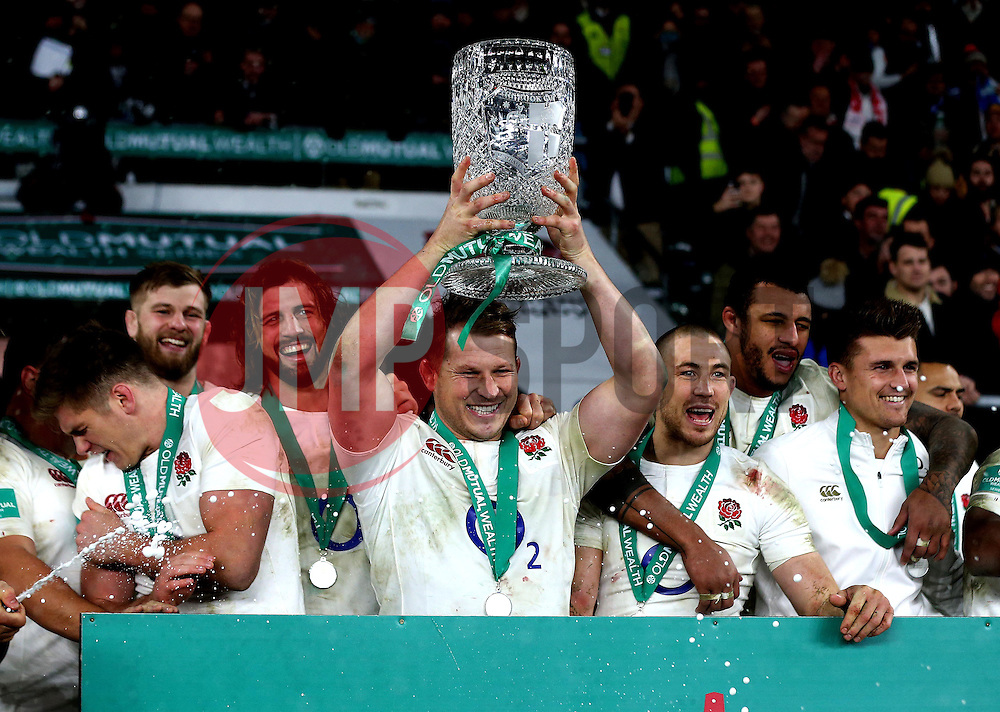 Dylan Hartley of England lifts The Cook Cup after the win over Australia - Mandatory by-line: Robbie Stephenson/JMP - 03/12/2016 - RUGBY - Twickenham - London, England - England v Australia - Old Mutual Wealth Series
