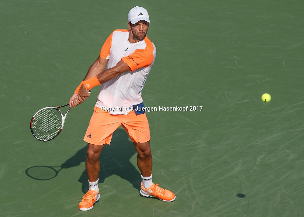 FERNANDO VERDASCO (ESP)<br /> <br /> Tennis - Dubai Duty Free Tennis Championships - ATP -  Dubai Duty Free Tennis Stadium - Dubai -  - United Arab Emirates  - 1 March 2017. <br /> &copy; Juergen Hasenkopf