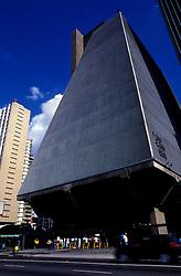 Sao Paulo, Sao Paulo, Brasil. 06/1997..Edificio sede da FIESP (Federacao das Industrias do Estado de Sao Paulo), na Avenida Paulista./ FIESP building, the Industry Federation of Sao Paulo State, in Paulista Avenue..Foto ©Marcos Issa/Argosfoto