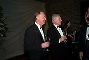 TIM PIGOTT-SMITH; DEREK JACOBI; The Royal Shakespeare Company (Stratford) fundraising dinner and auction to benefit company's Artists' Development Programme. Lawrence Hall, Greycoat St. London. 28 October 2008 *** Local Caption *** -DO NOT ARCHIVE-© Copyright Photograph by Dafydd Jones. 248 Clapham Rd. London SW9 0PZ. Tel 0207 820 0771. www.dafjones.com.