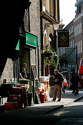 UK ENGLAND LONDON 16MAR07 - Fresh take-away food outlet at the historic Borough Market in Southwark, London...jre/Photo by Jiri Rezac..© Jiri Rezac 2007..Contact: +44 (0) 7050 110 417.Mobile:  +44 (0) 7801 337 683.Office:  +44 (0) 20 8968 9635..Email:   jiri@jirirezac.com.Web:    www.jirirezac.com..© All images Jiri Rezac 2007 - All rights reserved.