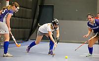 ROTTERDAM - Vliegende keeper van Beuningen.Landskampioenschap zaalhockey voor reserveteams. FOTO KOEN SUYK