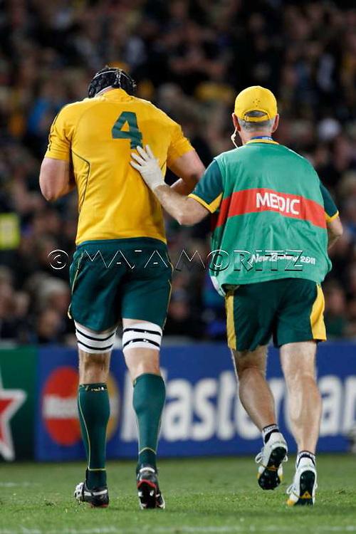 Dan VICKERMAN (Australia) injured