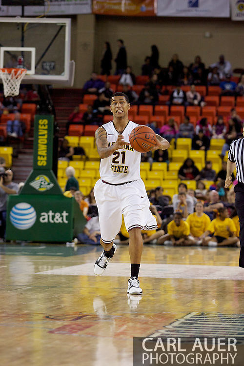 November 27th, 2010:  Anchorage, Alaska - Arizona State's Keala King (21) passes in the Sun Devil's 58-67 loss to St. Johns in the championship game of the Great Alaska Shootout.