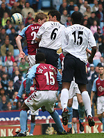 Fotball<br /> England 2004/2005<br /> Foto: SBI/Digitalsport<br /> NORWAY ONLY<br /> <br /> ASTON VILLA V BOLTON WANDERERS<br /> 23/04/2005<br /> Villa Park<br /> <br /> GARY SPEED HEADS EQUALIZER