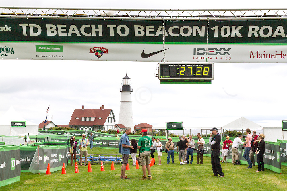 Beach to Beacon 10K, finish line area day before race