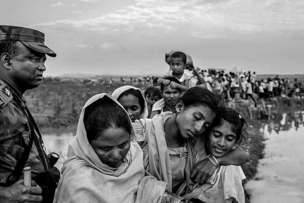Since the end of august 2017, the beginning of the crisis, more than 600,000 Rohingyas have fled Myanmar to seek refuge in Bangladesh. Cox's Bazar - november the 2nd 2017.<br /> Depuis le d&eacute;but de la crise, fin ao&ucirc;t 2017, plus de 600000 Rohingyas ont fuit la Birmanie pour trouver refuge au Bangladesh. Cox's Bazar le 02 novembre 2017.
