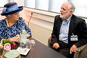 Prinses Beatrix tijdens het 40-jarig jubileum van de Parkinson Vereniging, dat plaatsvindt tijdens Wereld Parkinson Dag 2017. <br /> <br /> Princess Beatrix during the 40th anniversary of the Parkinson Association, which takes place during World Parkinson's Day 2017.