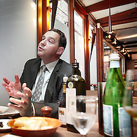 Nederland, Maastricht , 10 september 2009..Frank De Moor (46) wordt uitgeroepen tot de International Manager of the Year tijdens de CEO-Summit van Trends op 4 december. De topman van de beursgenoteerde Macintosh Retail Group, de holding boven onder andere de winkelketens Brantano, Scapino en BelCompany, is verantwoordelijk voor 1.300 winkels en 12.500 personeelsleden. .Foto:Jean-Pierre Jans .Frank De Moor (46) manager of the Year, CEO of  Macintosh Retail Group.